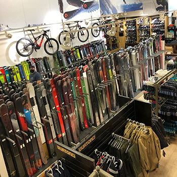 Skis and other sports equipment at Oberson in Laval and Brossard, Québec